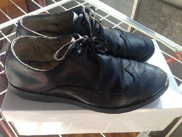 женские туфли кожа в Кыргызстан: Туфли подростковые, натуральная кожа, 36 размер в хорошем состоянии