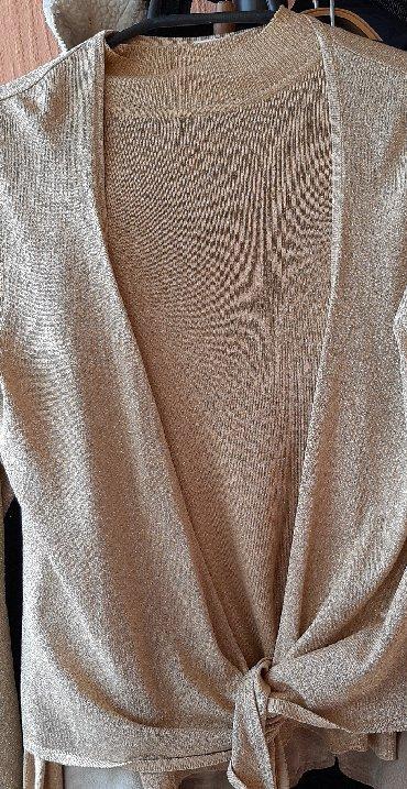 Bakı şəhərində В отличном состоянии Женская двойка(кофта и жакетка на завязке) размер