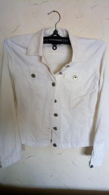 Zenska tesas  jednom obucena jaknica za maturu,kao nova..obim - Kraljevo