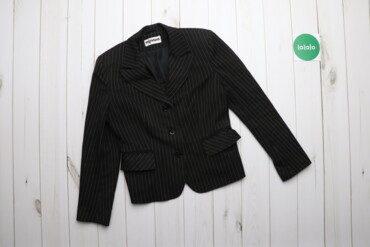 Жіночий піджак у смужку Мілана     Бренд Mілана Колір чорний Довжина 5