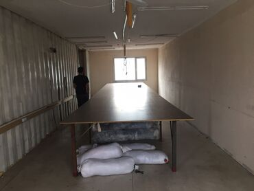 Заводы и фабрики - Кыргызстан: Сдаю швейный цех жм Кок жар вдоль дороги Достоевского 160 кВ