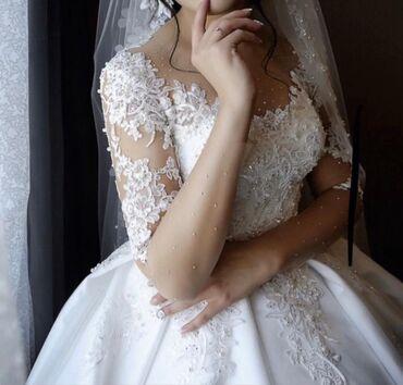 свадебные платья in Кыргызстан   КОНДИТЕРСКИЕ ИЗДЕЛИЯ, СЛАДОСТИ: Очень красивое нежное свадебное платье размер M-L одевала один раз  Це