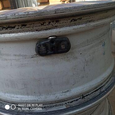 titanovі diski bu в Кыргызстан: Камри 40 се диски 3 штуки Camry 40 se diski 3 штуки (3 диска )с