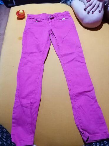 Dečije Farmerke i Pantalone | Velika Plana: Farmerice roze boje, kao nove, par puta nosene. Velicina uslikana na