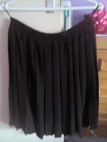 Suknja patrizia - Srbija: Poklon. Suknja,plisirana. novo