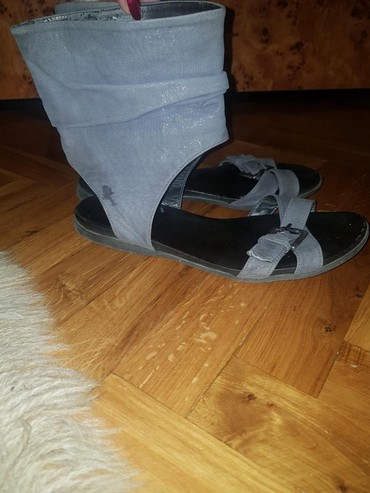 Sandale kožne,dva puta nosene,broj 37.Stanje kao na slikama. - Stara Pazova
