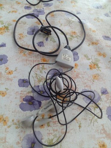 Bakı şəhərində Naushnik HDS-3 Nokia tezedir bu marka telefonlara