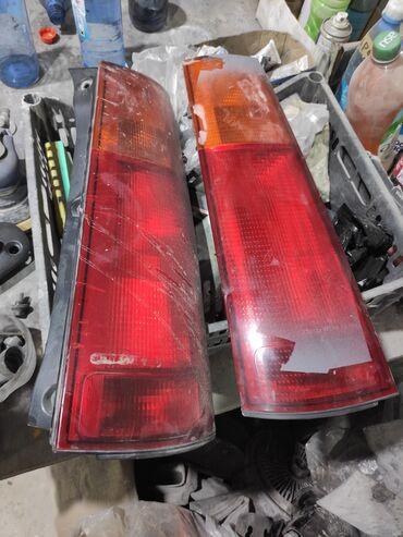 Транспорт - Александровка: Хонда црв чуть трещина пара 1000 сом