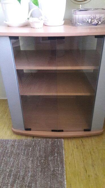 Stalak - Srbija: Prodajem Tv policu ili stalak za tv sirine 70 cm. visine 72 cm cena