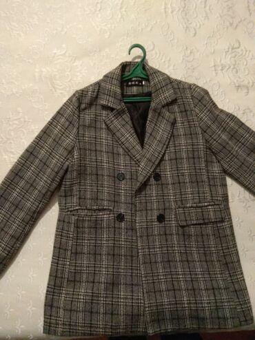 Женская одежда - Бишкек: Пальто