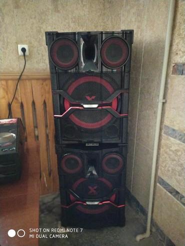 музыкальные центры в Кыргызстан: Продаю музыкальный центр Lg ! идеальный звук ! Беспроводная зарядка