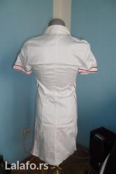 Prodajem belu letnju haljinu sa dvostranim rajsfeslusem i - Kragujevac