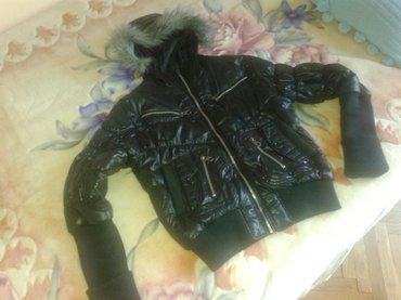 Kratka zimska jakna, malo nosena, nema nikakva ostecenja,gotovo - Valjevo