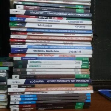Bütün kitablar satılır tek tek 3 azn 2 çi qrupa aid her bir kitab var