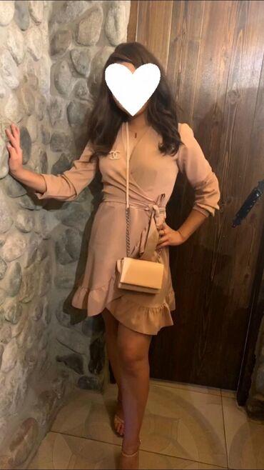 Продаётся платье. Одевалось один раз в идеальном состоянии. Размер S-M
