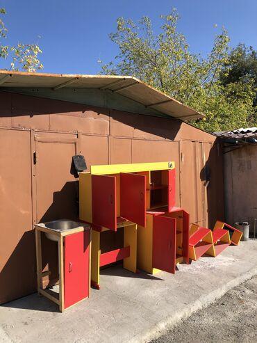 Гарнитуры - Кыргызстан: Кухонный гарнитур. Был установлен в квартире-хрущевке.Состав: верхний