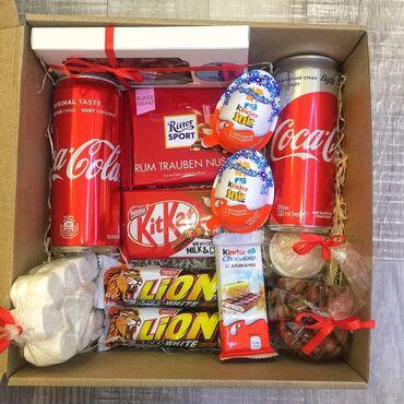 Бокс номер 3 (коробка с подарком)Кит кат2 баночки coca-cola2
