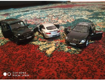 """""""Mercedes-Benz"""" family(Ağ, qara (mat və sadə), göy, qırmızı, boz (yaş"""