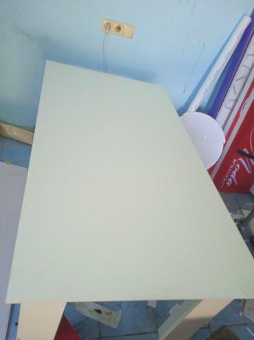 продам кухонный стол in Кыргызстан | СТОЛЫ: Стол кухонный из ЛДСП в связи с переездом срочно продаю есть доставка