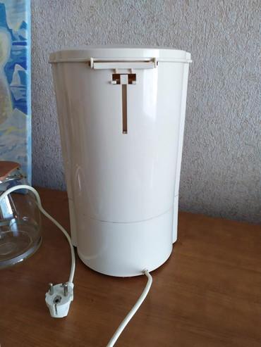 автоматические кофеварки delonghi в Кыргызстан: Электрическая кофеварка. б.у.В очень хорошем состоянии!!!Рассчитана