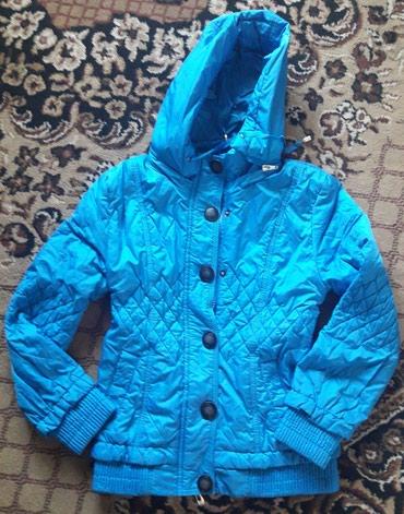 Деми куртка на девочку 7-9л. в отличном состоянии! в Бишкек