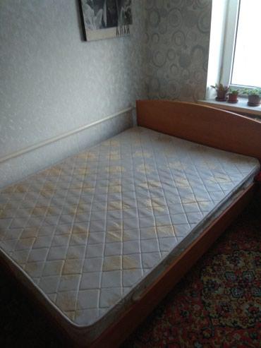 Кровать 2-х спальная,фирма Лина,размер 190-140,с матрасом. в Novopokrovka