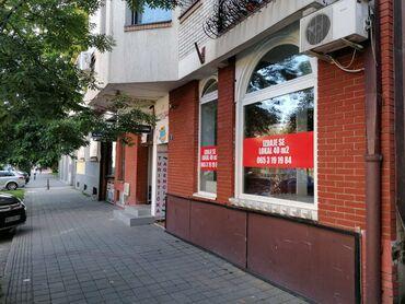 Umivaonik - Srbija: Izdajem ulicni lokal od 40m2 u strogom centru Novog Sada. Prodajni pr