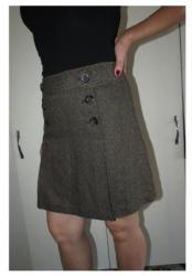 Zenski-kaputovo-vremecine-c-a - Srbija: C&A suknja velicina 38C& A suknja bez tragova nosenja, kao