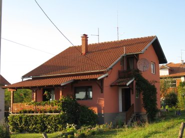 Sporeti na drva - Srbija: Na prodaju Kuća 132 sq. m, 4 sobe