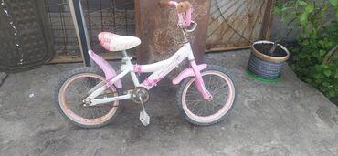 Спорт и хобби - Новопокровка: Продаю детский велосипед хорошее состояние качестве хорошее