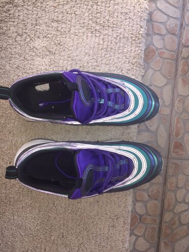 Patike Nike 97 Broj 37.5Svetle pod blicem-moze se videti na
