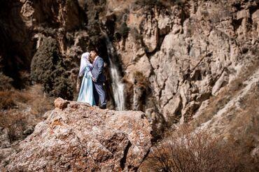 цвет нежный платье цвет в Кыргызстан: Платье нежно-голубого цвета. Ткань атлас