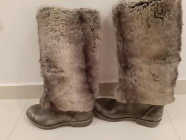 Ženska obuća | Backa Palanka: Cizmice koza prirodno krzno bez ostecenja broj 38 standardan kalup
