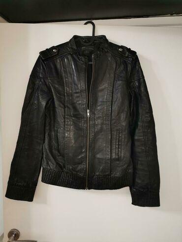 Kozna jakna mango nosena M 1800