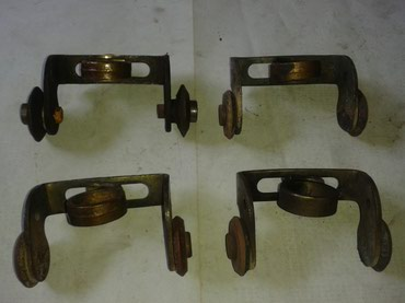 Brener - Srbija: 4-komada kolic za brenere,cena je za svih četvoro,šaljem brzom poštom