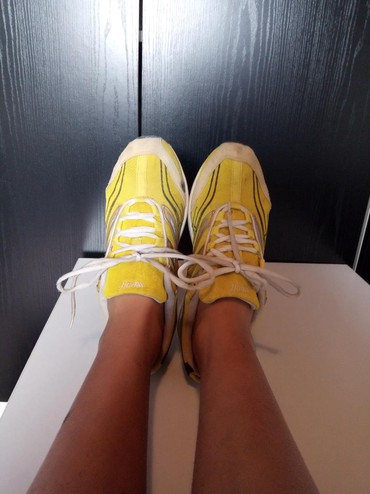 Ženska patike i atletske cipele   Prokuplje: Patike bez oštećenja. Broj 39