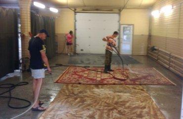 Требуется мойщик ковров можно без опыта.Требования старше 18лет со зна в Бишкек