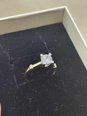 диски воссен 17 в Кыргызстан: Новое золотое кольцо с цирконом 2,10 грамм. Размер 17