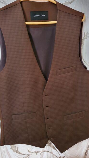 теплые мужские шарфы в Азербайджан: Жилет мужской. Cerruti1881. Размер 48. В отличном состоянии. Одевали 1