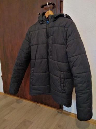 Muška odeća | Trstenik: Muska zimska jakna sa kapuljacom. U odlicnom stanju, bet ostecenja