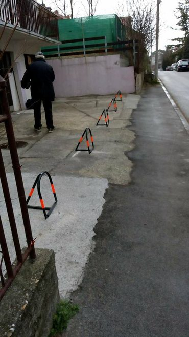 Parking cuvar barijera model f25, NIJE FARBAN nego plastificiran - Belgrade
