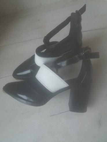 Обувь новая фирменная очень в Бишкек