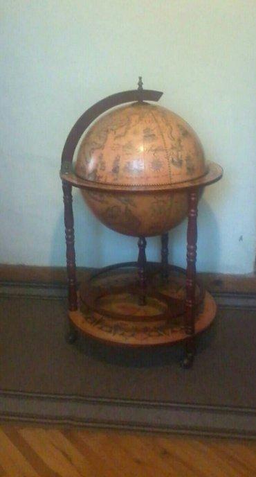 Bife globus. Prelep unikatni stari drveni bife globus. - Kula