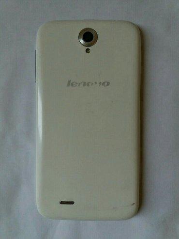 Şəki şəhərində Lenovo a850telefonun ekranının aşağı sağ küncündə çat var.