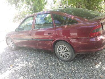 Opel Vectra 1.8 l. 1997   300000 km