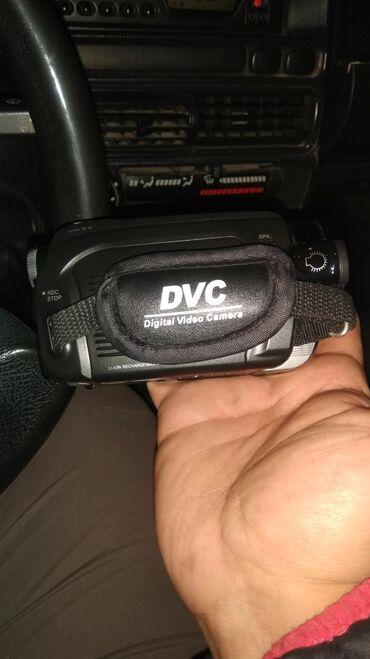 Новая видеокамера. Цена договорная!!