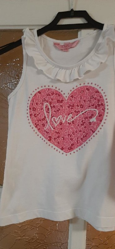 Majice komada - Srbija: OVS majica, velicina 4-5 (110 cm). Prelepa i mekana.Ukoliko porucujete