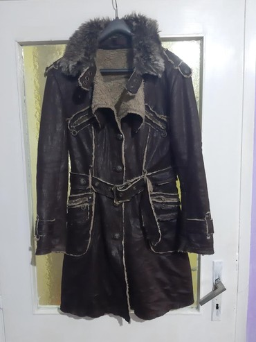 Prodajem  novu Monton jaknu eko koza krzno L velicine vrhunskog - Smederevo