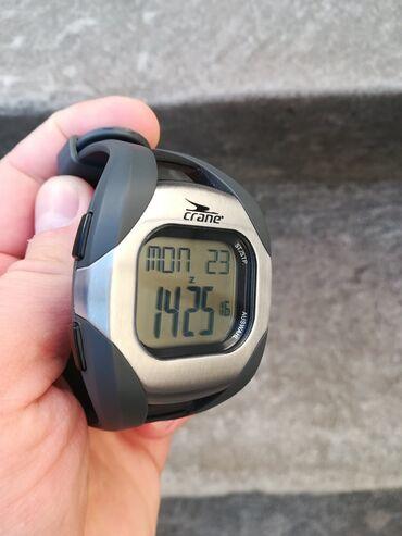 CRANE sportski sat - top stanje 10/10 - meri pulsSat je potpuno