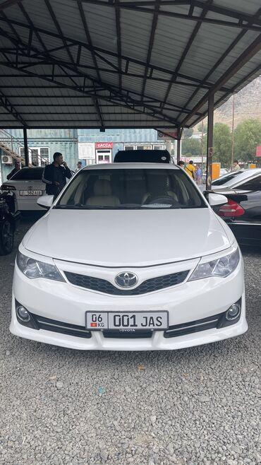 Транспорт - Ош: Toyota Camry 2.5 л. 2012 | 92000 км